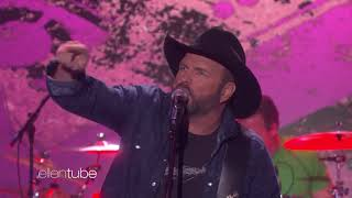 "Download Lagu Garth Brooks Performs ""Ask Me How I Know"" Gratis STAFABAND"