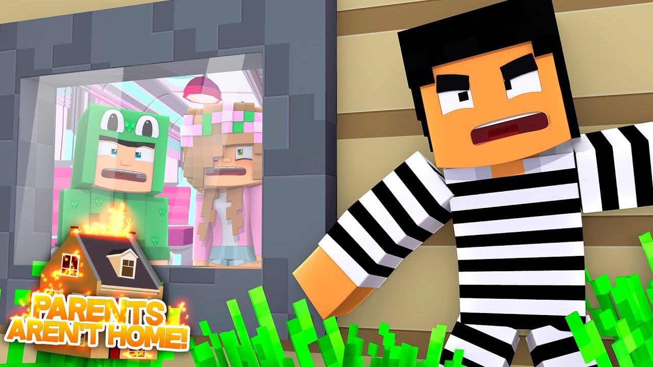 WHAT HAPPENS WHEN YOU'RE HOME ALONE?!Minecraft When Parents Arent Home | LittleKelly