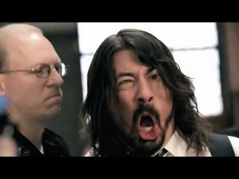 Foo Fighters. Walk.