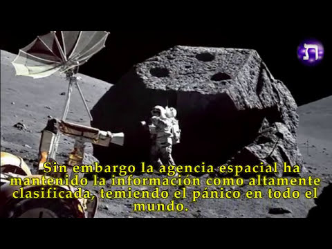 UN ANGEL TRAIDO DE LA LUNA