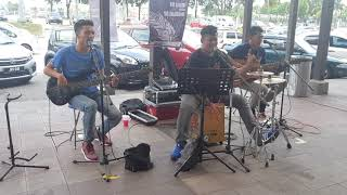 Download Lagu Aku Takut - Repvblik (cover by One Avenue Buskers) Gratis STAFABAND