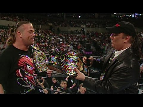 Paul Heyman awards RVD with the ECW World Heavyweight