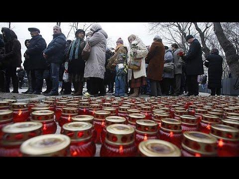 تشييع جثمان المعارض الروسي بوريس نيميتسوف