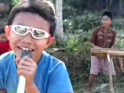 I Love You (kokborok) Performend By Superkids. video