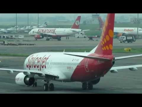 "SpiceJet Boeing 737-800 Reg. VT-SGH ""Turmeric"" Taxiing at Delhi IGI Airport - Old Domestic Apron"