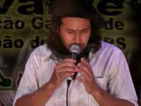 Rui Carlos Ávila  -   A voz