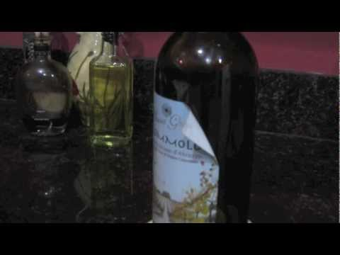 How to Remove the Labels from Wine Bottles
