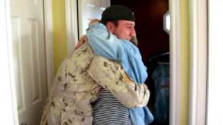 Soldier surprises mom on Christmas eve.
