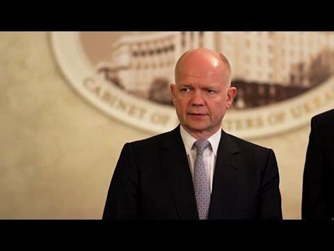 """Ukraine: Hague met en garde la Russie sur """"le prix à payer"""""""