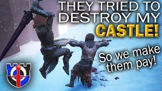 Fighting off a massive CASTLE RAID in Conan Exiles