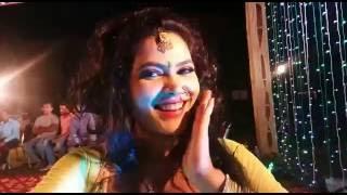 Seema Singh hot dance