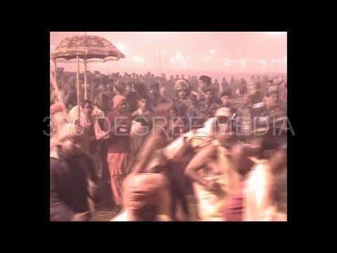 Akhada Kumbh Royal Bath - Kumbh 2013 - Allahabad - buck naked naga sadhus taking royal bath