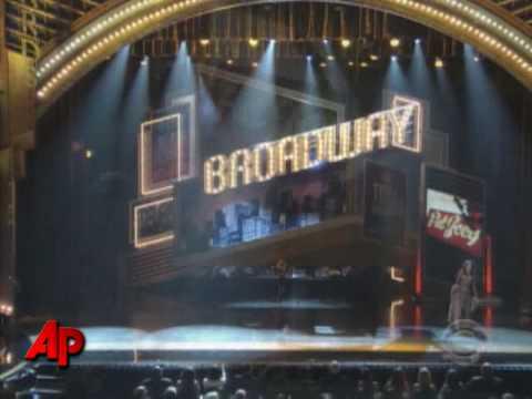 Bret Michaels Injured During Tonys Opening