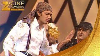 Download video Riteish Deshmukh's Funny Dance