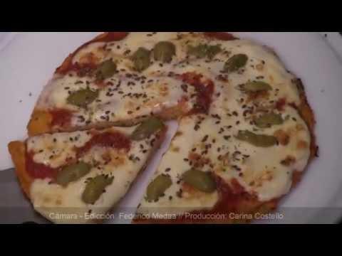 Aprendé a hacer una pizza de pollo sin harina