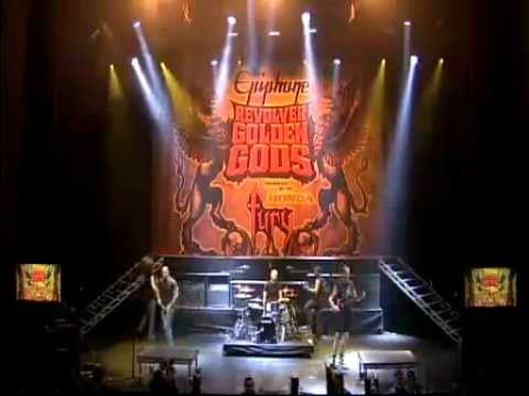Killswitch Engage - A Light in a Darkened World (Live @ Revolver Golden Gods Awards 2009)