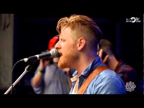 Gemini Club - Sparklers (Live @ Lollapalooza 2014)