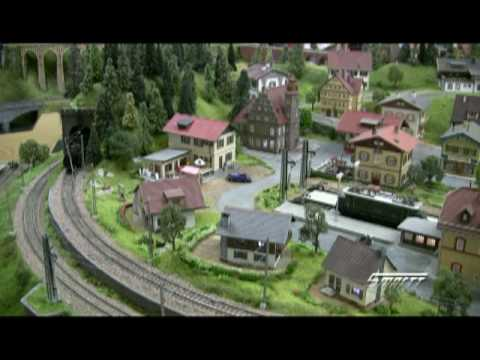 HO Scale 1920's Bavaria in the Summer railroad layout Video