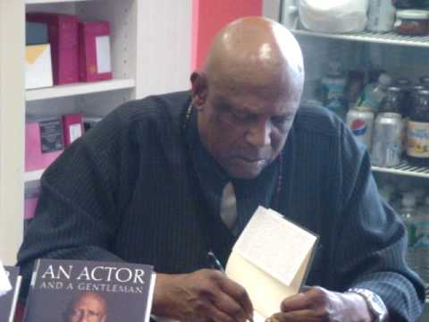Louis Gossett Jr. Book Signing