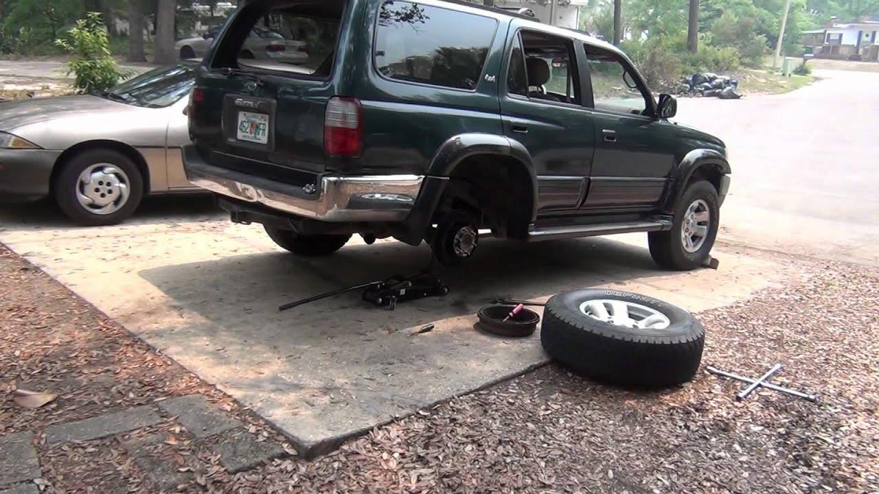 96 toyota 4runner back brakes inspection youtube. Black Bedroom Furniture Sets. Home Design Ideas