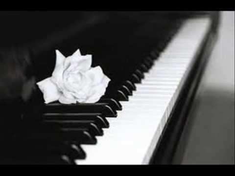 piano travel ( musica ) instrumental rap
