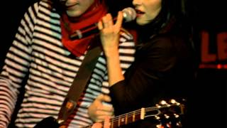 Watch Veronicas Mother Mother video