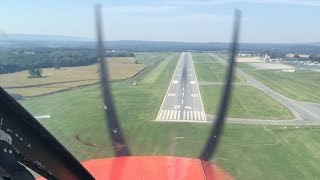 Penn State University Park Airport (KUNV) Arrival and Landing (With ATC)