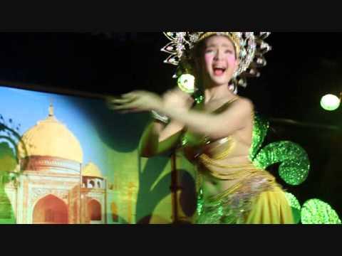 Beautiful Thai Ladyboys dancing for Hindi Song (Aaja Nachle), Krabi, Thailand