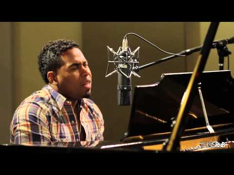 Bobby V Performs Acoustic Cover of