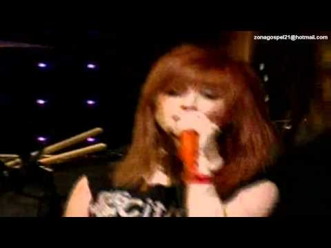 Paramore - Pressure (Live @ KROQ 2007)