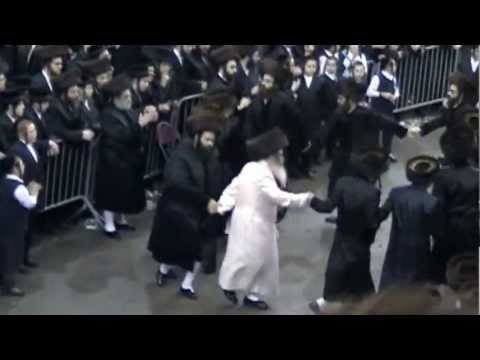 Satmar Wedding 10/17/2012 Rebbas' Mitzvah Tanz Music Videos