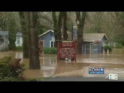 Kalama, Washington deals with damage from floods