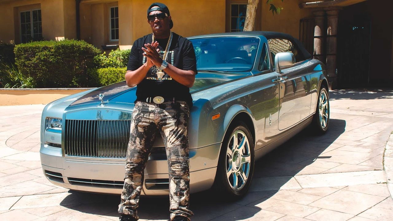 Master P Shows His Peers What A Hundred Million In Chips Look Like [No Limit Forever Submitted]