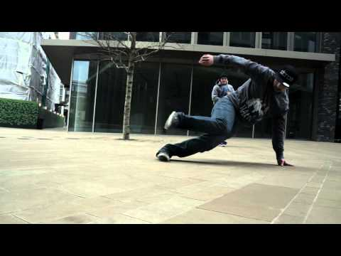 Tourist of Life - London | ChazB + Elz | Jan. '15