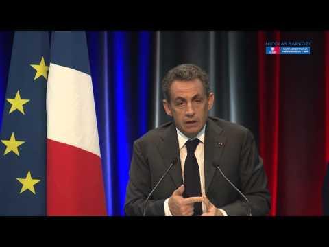 Nicolas Sarkozy en meeting à Caen