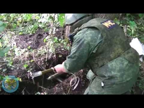 Специалисты МЧС ЛНР 5 августа обезвредили 13 взрывоопасных предметов у Станичного моста