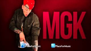 Watch Machine Gun Kelly Louder video