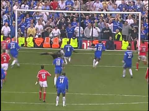 Claude Makelele Penalty vs Charlton Athletic 2004/2005