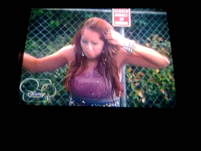 Debby ryan gets wet and peyton list likes it^^