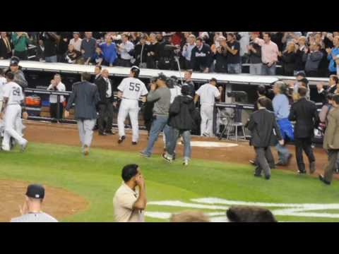 Mark Teixeira's Walk off home run 10-9-2009 vs twins ALDS Video
