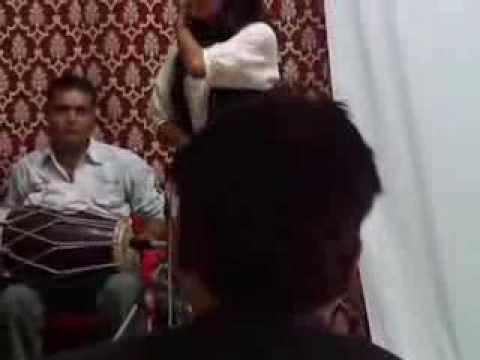 hum to aise hain bhaiya - Sugandha Mishra