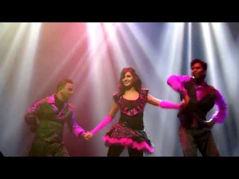 Shakti Mohan Best Stage Performance In Singapore (zee) 2013 video