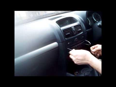 Radio Removal Renault Clio (1998-2010)   JustAudioTips