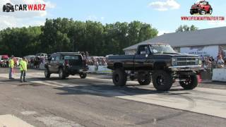 Black Chevy Vs Black Hummer H2 At Truck Warz Tug Of War 2016