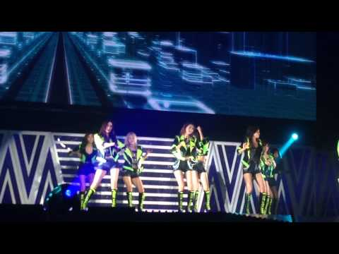 140111 MR.TAXI SNSD Live in Bangkok (Fancam)
