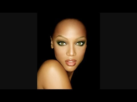 MASTER SERIES: Matthew Jordan Smith diagrams lighting for Tyra Banks photo shoot