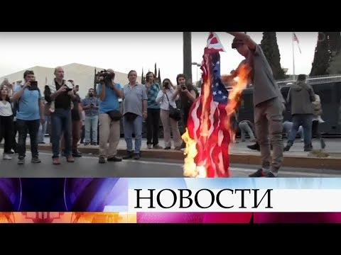 По обе стороны Атлантики проходят акции протеста против западных ударов по Сирии.