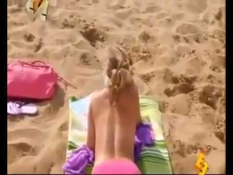 Cewek Bugil Di Pantai