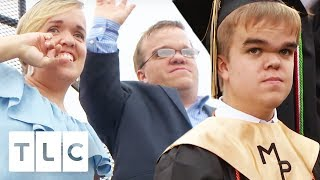 Trent & Amber Can't Believe That Jonah Is Graduating!   7 Little Johnstons