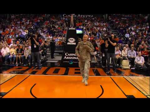 Soldier Surprises Son at Phoenix Suns Game
